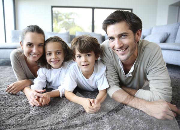 Erfolgreiche Immobilienvermittlung Pforzheim an Familie
